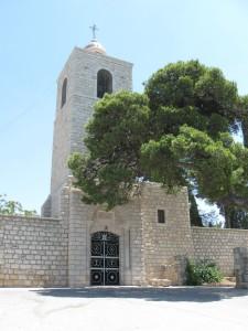 Дзвіниця православного монастиря на горі Фавор